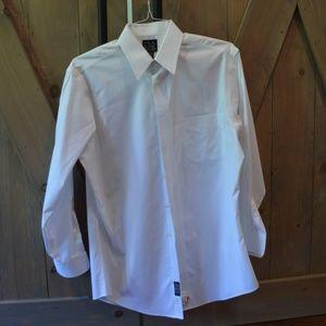 Traveler's Tailored Fit Point Collar Dress Shirt